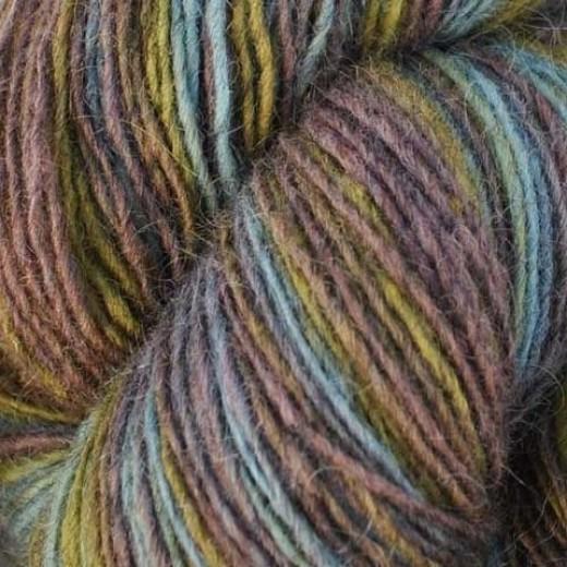 1 trådet farveskifte garn - Hjelholt