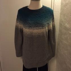 DIP DYE sweater færdigstrikket